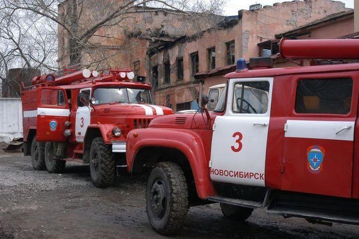 ВНовосибирске понеосторожности в 2-х пожарах погибло 3 человека