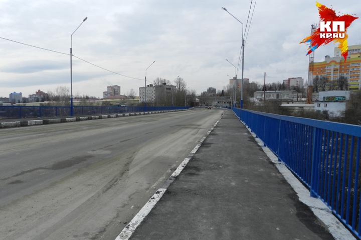 Под Малыгинским мостом вБрянске отыскали мужское тело без одежды