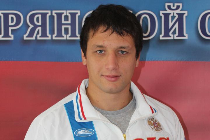 Артём Осипенко иАнна Жижина— участники Кубка мира посамбо в столице России