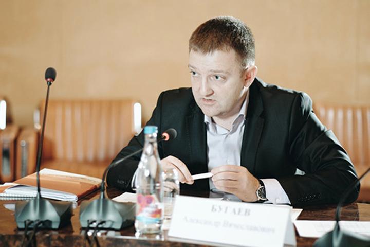 Александр Бугаев трудовую деятельность начал в департаменте семейной и молодежной политики Москвы. Фото: fadm.gov.ru