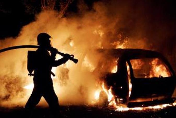 В итоге разрушения цистерны фургона умер рабочий вХМАО