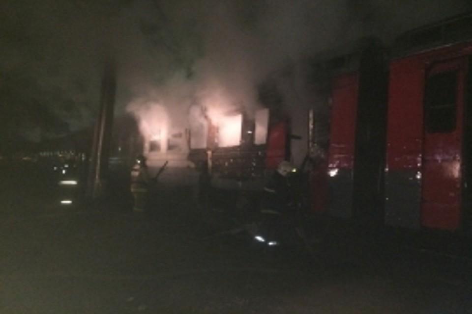 ВТверской области впожаре вэлектричке сгорел мужчина