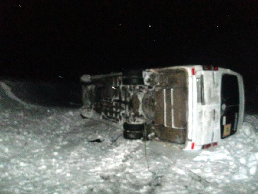 ВТамбовской области из-за непогоды опрокинулся автобус