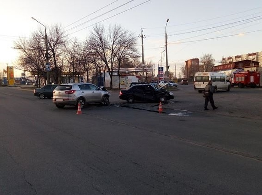 ВТольятти произошла авария, вкоторой пострадали трое детей