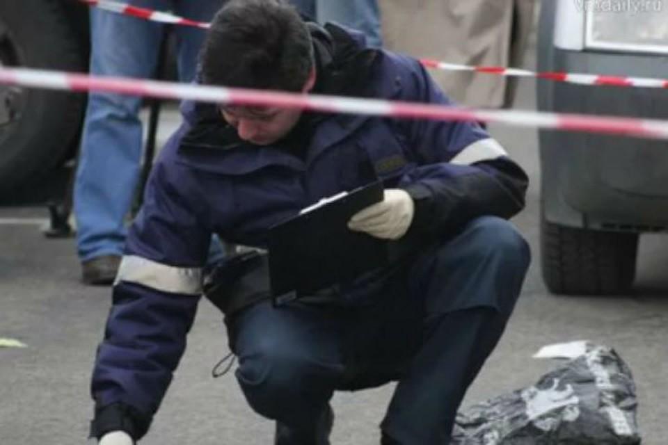 Под Петербургом намосту впакете отыскали тело малыша