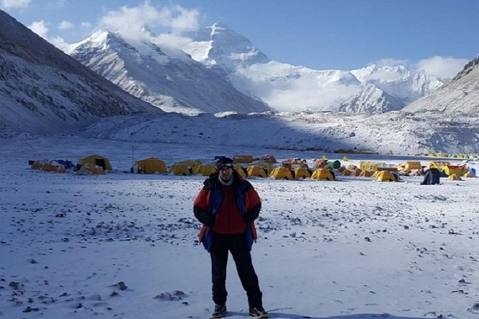 Управляющий ООО«Миньярский карьер» Станислав Шагдамов покорил Эверест