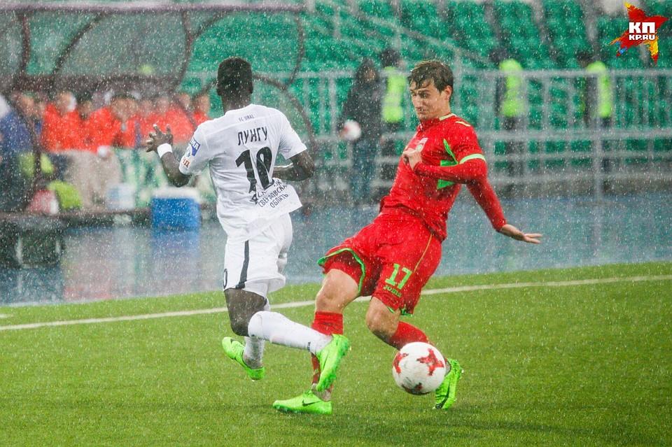 Рустэм Хамитов поздравил футбольный клуб «Уфа» с окончанием сезона