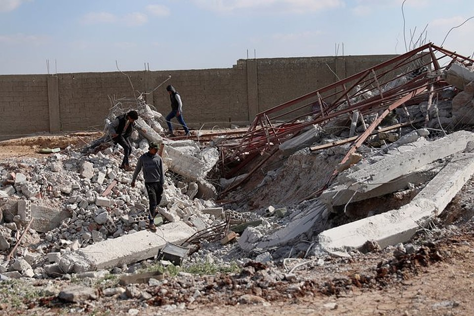 МИД Сирии назвал авиаудары коалиции поЭль-Маядину нелегальными