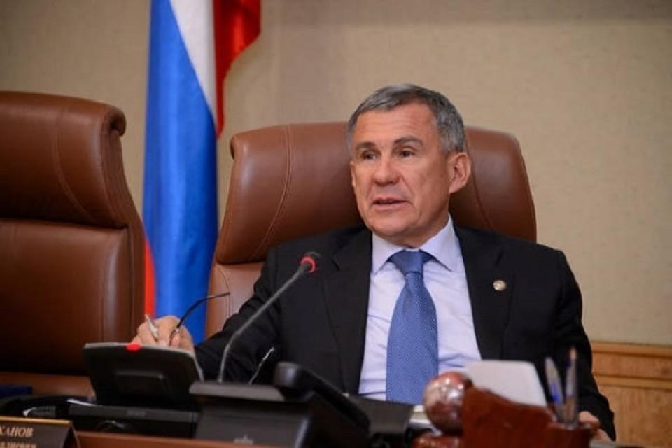 Рустам Минниханов призвал банки упреждать информационные атаки