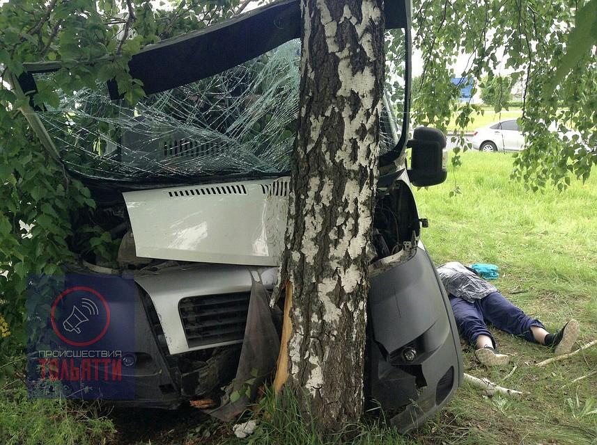 Шофёр микроавтобуса «Fiat» умер наЮжном шоссе вТольятти