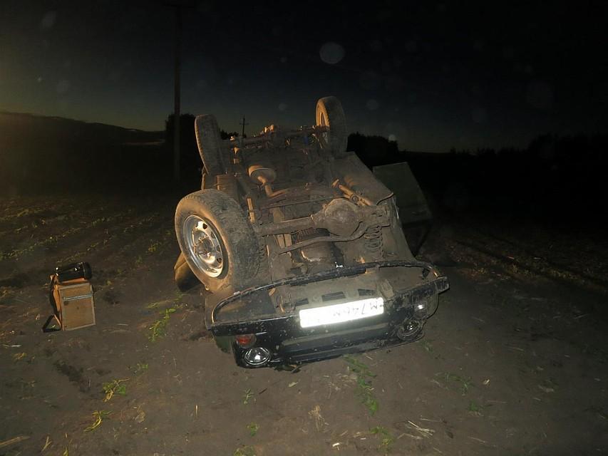 УАЗ перевернулся вкювет вТроснянском районе: есть пострадавшие