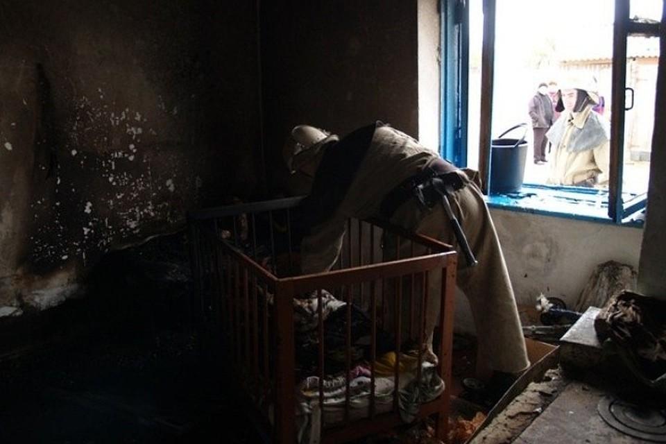 ВУдмуртии малолетние брат исестра погибли впожаре