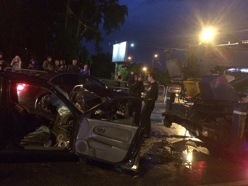ВЧелябинске умер шофёр иномарки, врезавшись вавтовышку