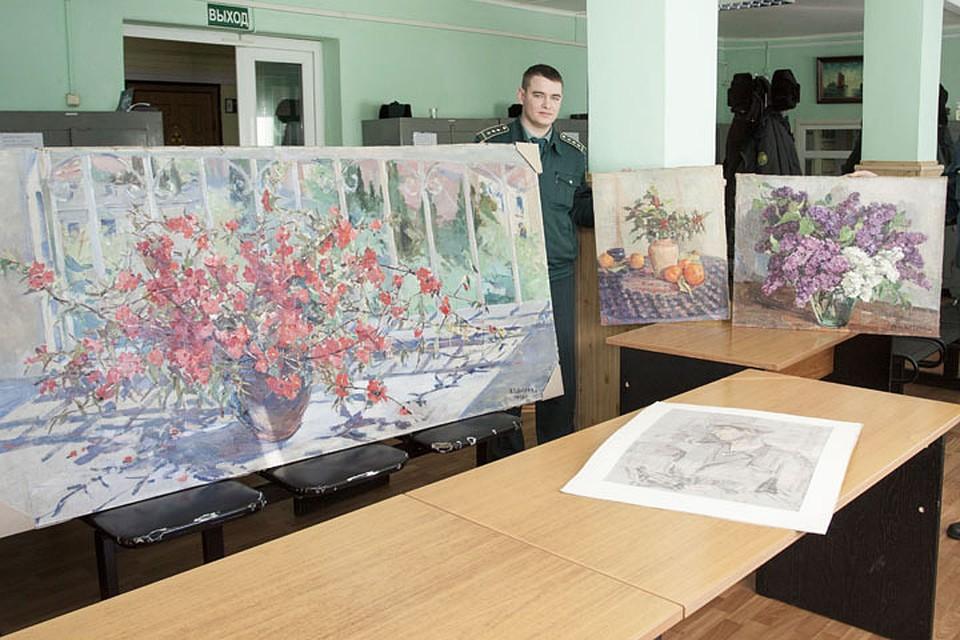 Брянские пограничники отыскали впоезде картины стоимостью в2 млн руб.