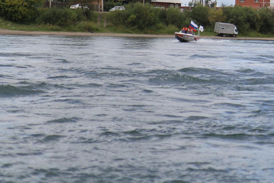 Первоклассник потонул возере рядом снефтеперекачивающей станцией вТулуне