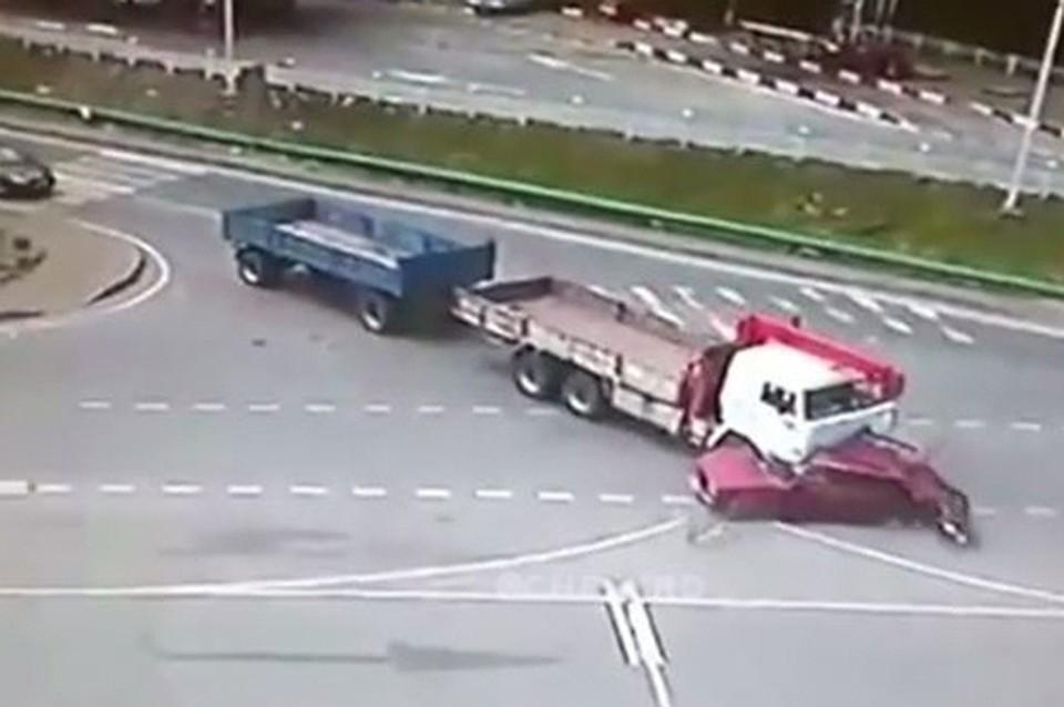 ВСочи после ДТП госпитализировали водителя автомобиля