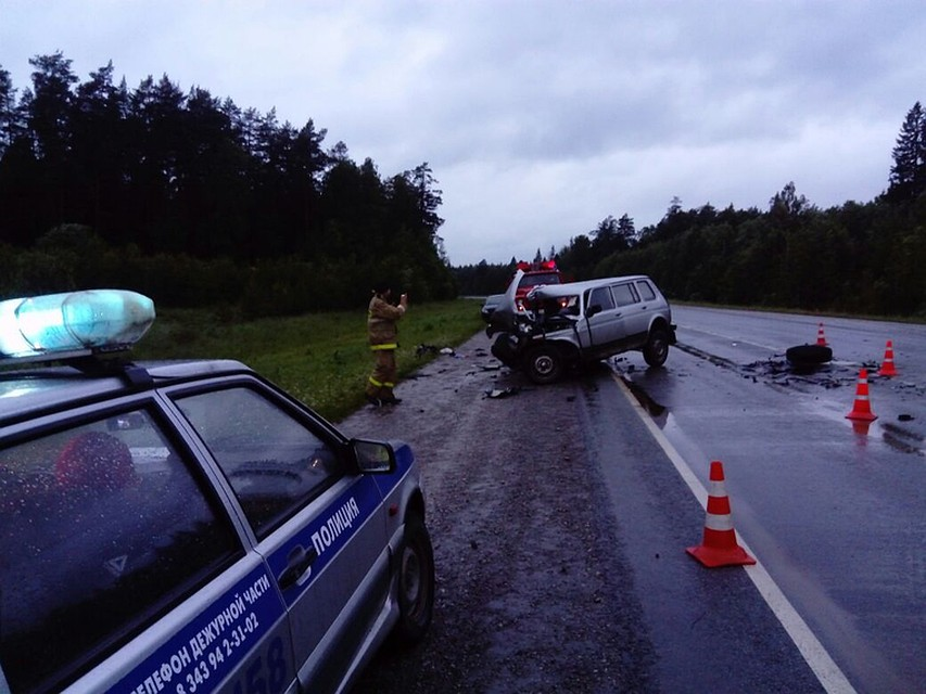 Бензовоз столкнулся смикроавтобусом воЛьвовской области, есть погибший