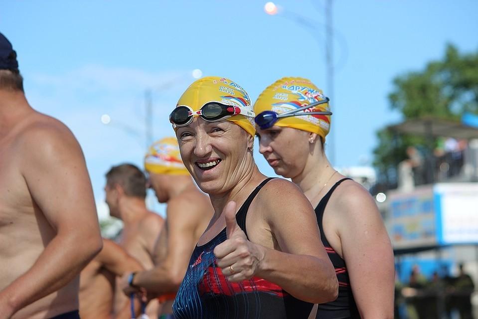 300 пловцов из Российской Федерации иКитая переплыли Амур— Отдых