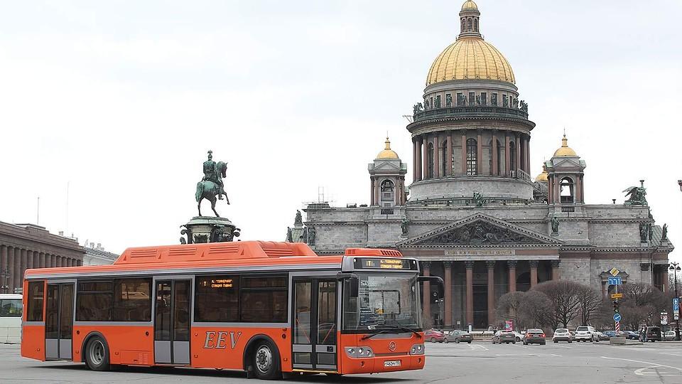Интервал движения транспорта вПетербурге может увеличиться втри раза