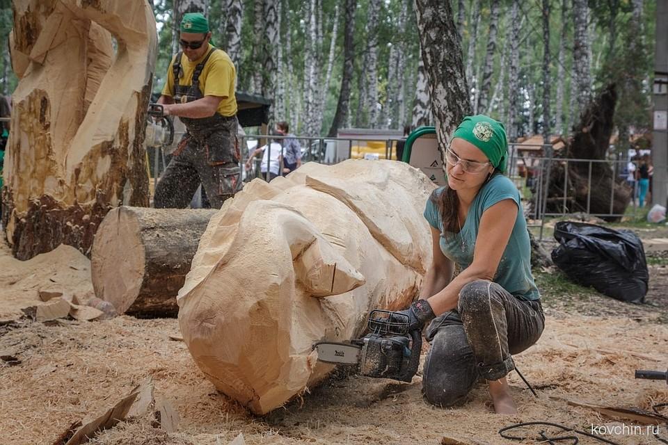 ВТомской области 18 человек отравились на«Празднике топора»