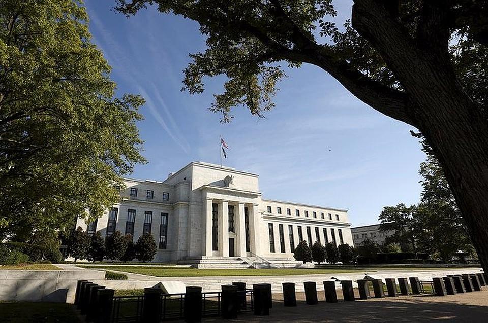 ФРС США оставила без изменений базовую процентную ставку