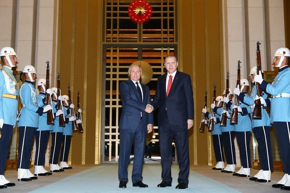 Владимир Путин проведет переговоры сРеджепом Эрдоганом вАнкаре