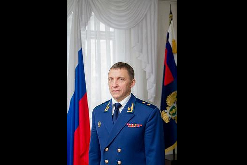 Президент РФ продлил полномочия обвинителя Кузбасса еще на 5 лет