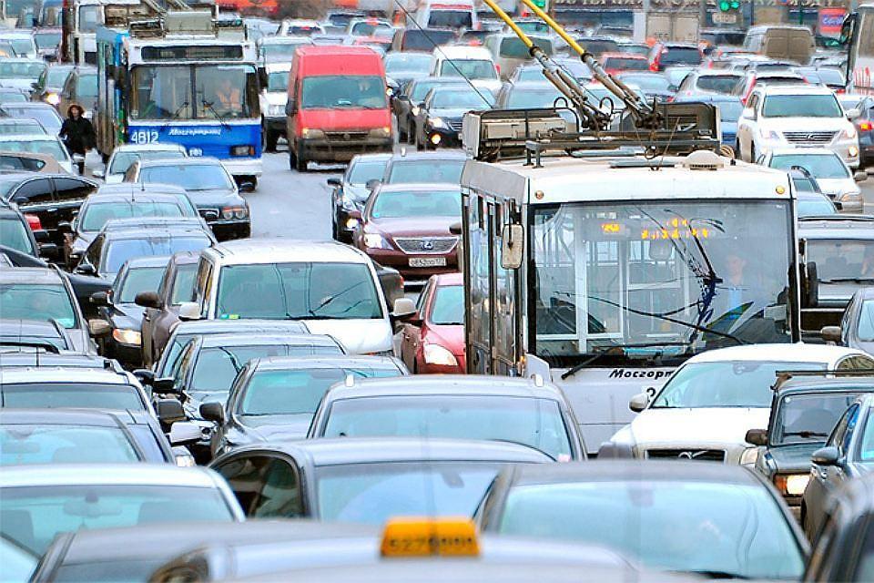 В столице России  на трассах  девятибалльные пробки