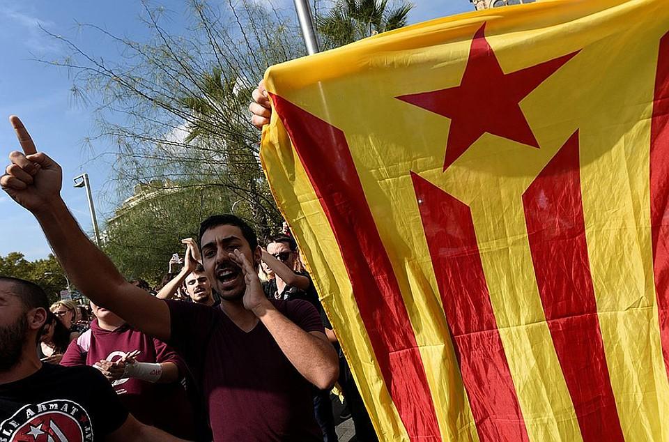 Лидер Каталонии обвинил короля Испании вигнорировании мнения граждан автономии