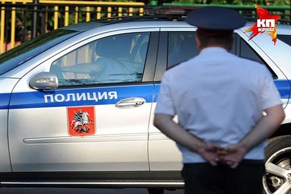 Таксист отыскал одинокого маленького ребенка вСестрорецке