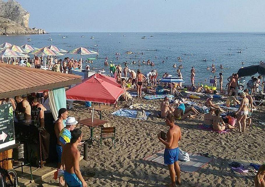 ВКрыму решили освободить часть туристов откурортного сбора