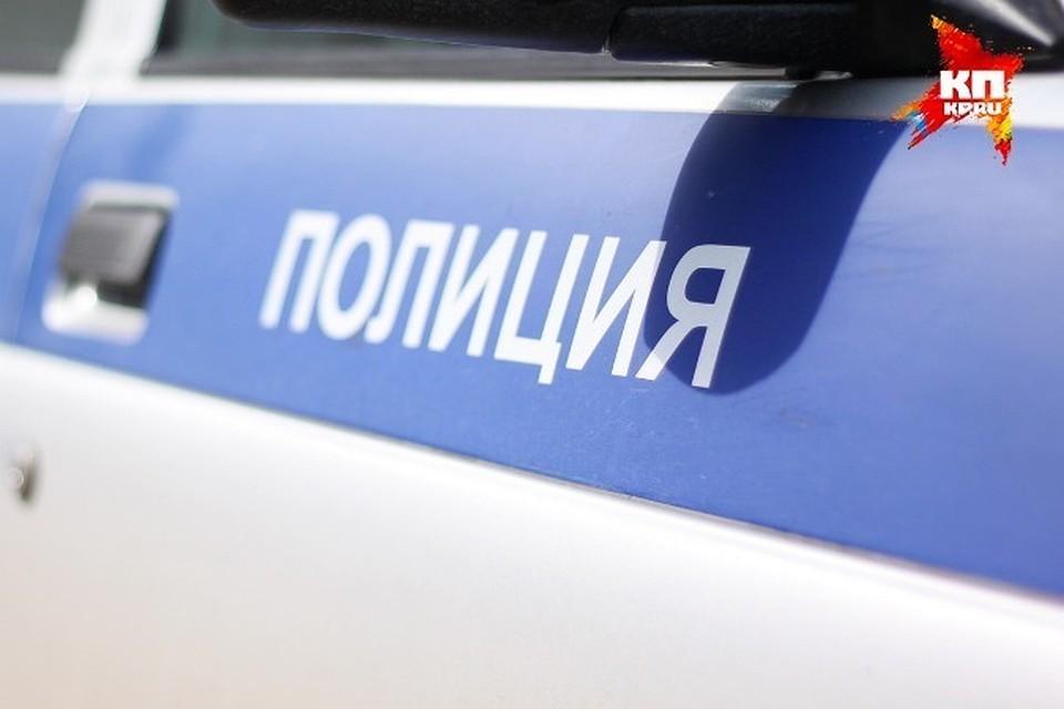ВПетербурге работник прокуратуры остался без 3-х лодочных моторов