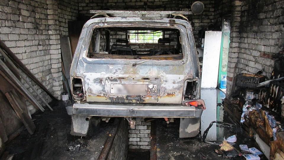 Вселе Старолетово Рыбновского района сгорели гараж иавтомобиль