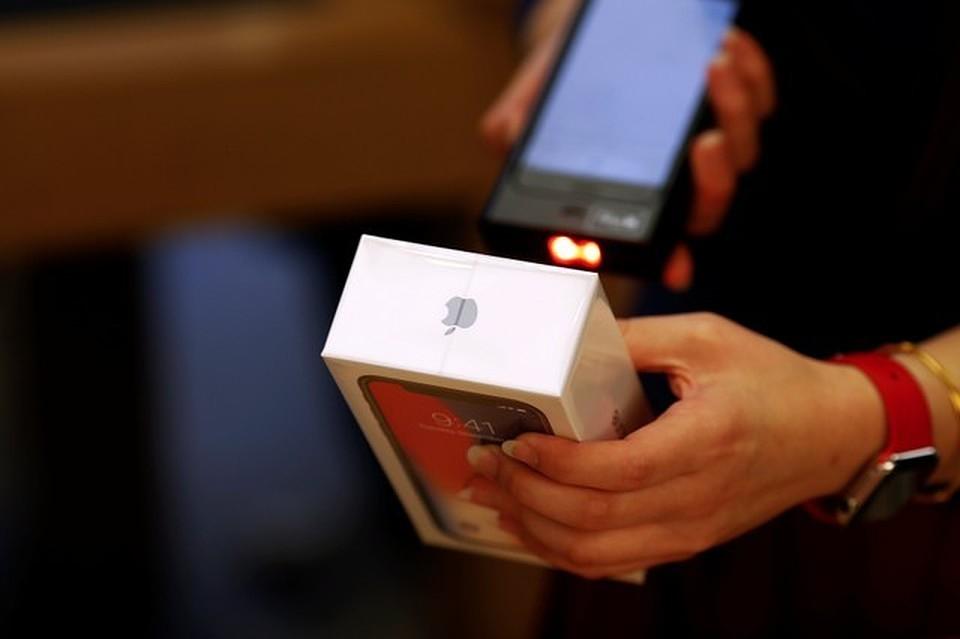 Первый день продаж  iPhone X в Российской Федерации