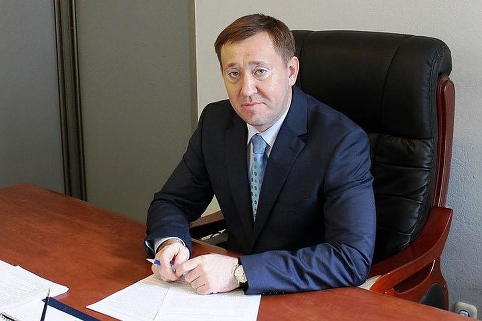 Мэр Барабинска, установивший золотую остановку, сложил полномочия