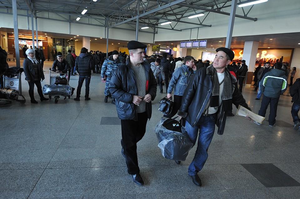 Из-за тумана в Волгограде один рейс на Москву задержан еще один отменен