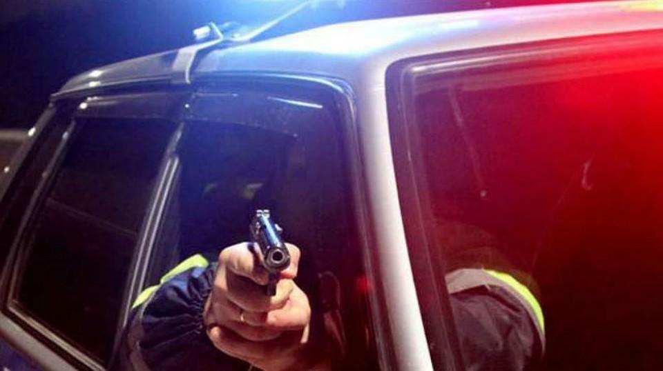 Полицейские Удмуртии открыли стрельбу впогоне занарушителем ПДД