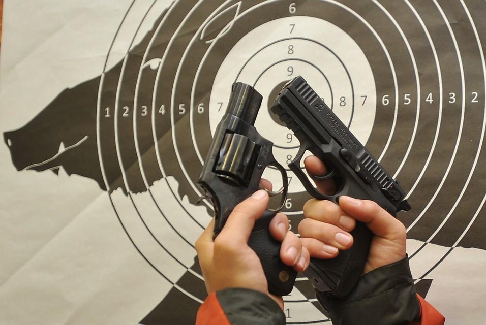 МинмолодежиРТ приобретает для студентов 74 пневматических пистолета