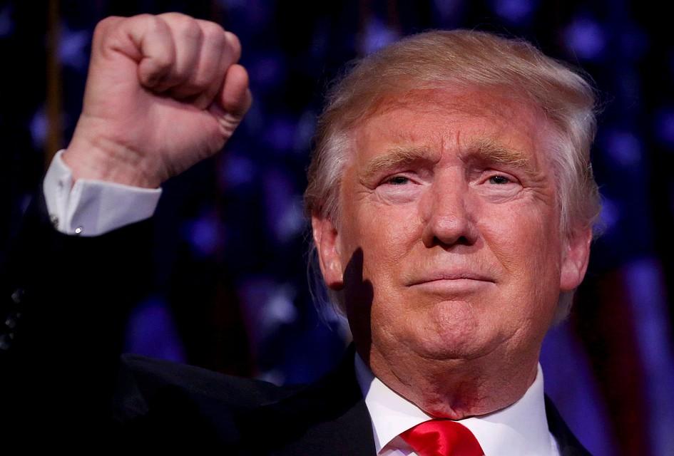 Трамп вступился заобвиняемого вдомогательствах республиканца Роя Мура