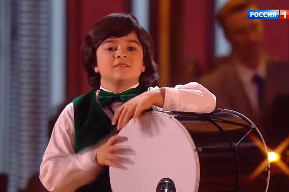 Молодой ставропольский музыкант выступил наконкурсе «Синяя птица»