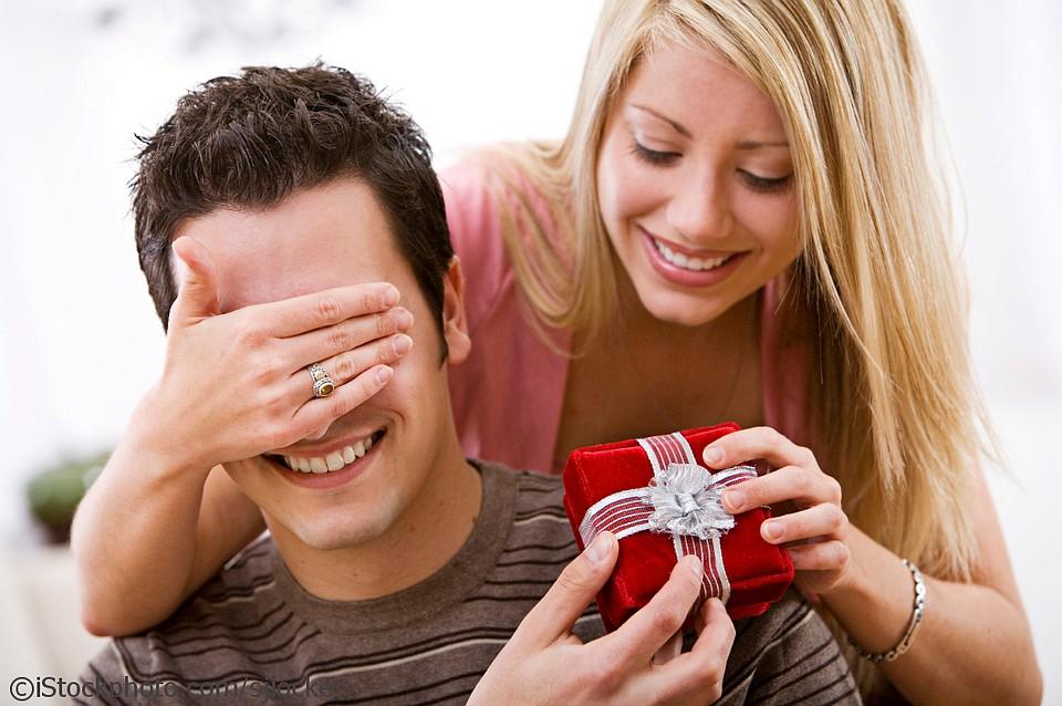 Какие подарки дарить деве мужчине 17