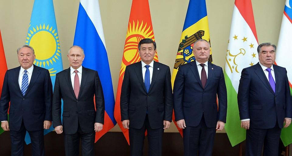 Президент Киргизии: граждан Центральной Азии активно вербуют вИГ