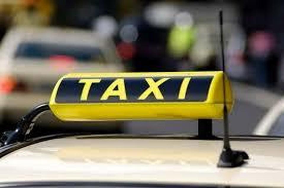 Под Марьино таксист изнасиловал девушку ибросил ееназаправке