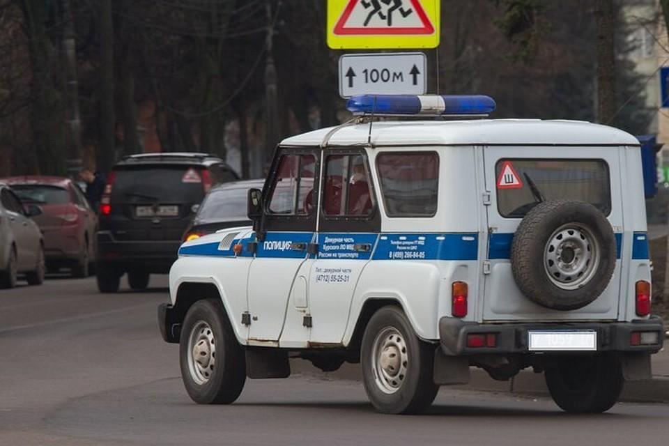 ВКурске изоткрытой «Газели» украли короб сигарет