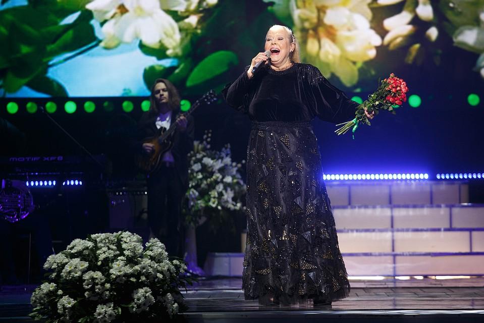 Названа причина смерти популярной артистки— Людмила Сенчина