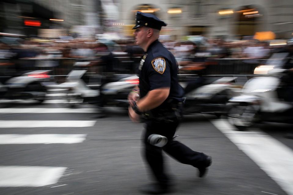 ВСША в итоге перестрелки умер полицейский