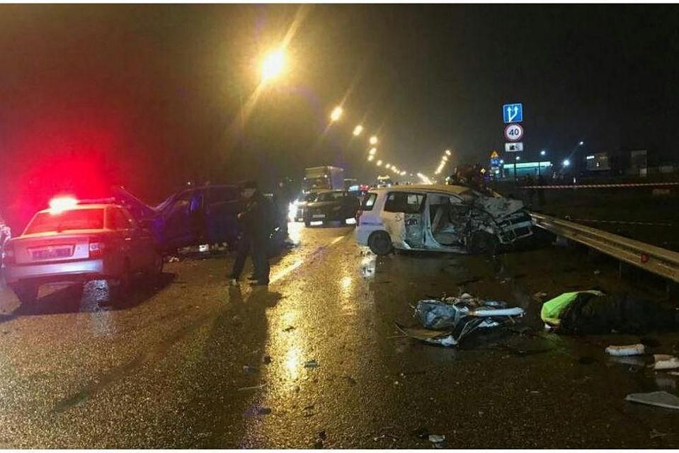 ВКраснодаре вДТП погибли два человека, пятеро пострадали