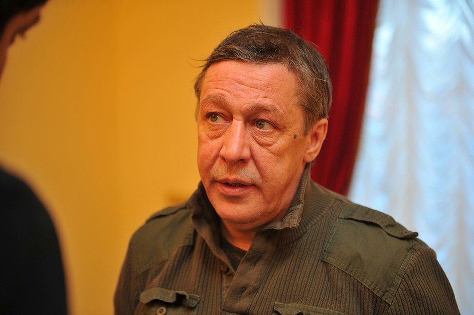 Михаил Ефремов считает несправедливой критику наблюдателей  спектакля «Нестановись чужим»