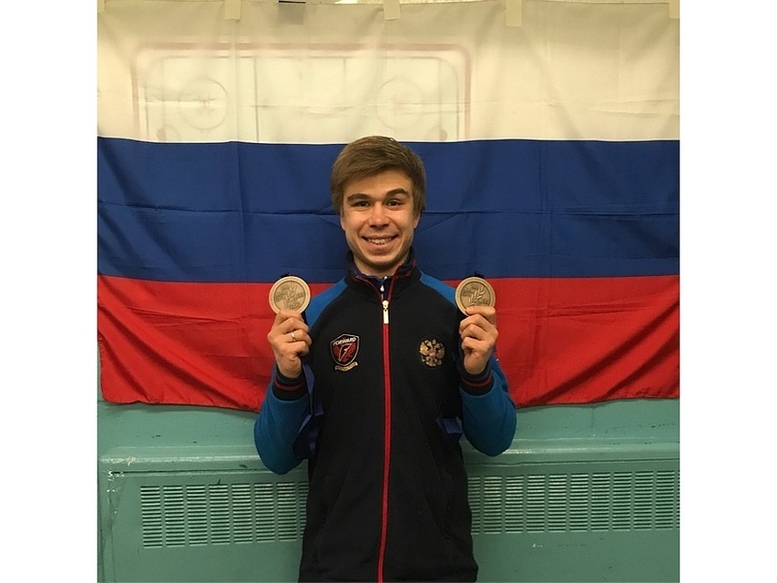 Канадец Амлен завоевал золотоЧМ пошорт-треку надистанции 1 000 м