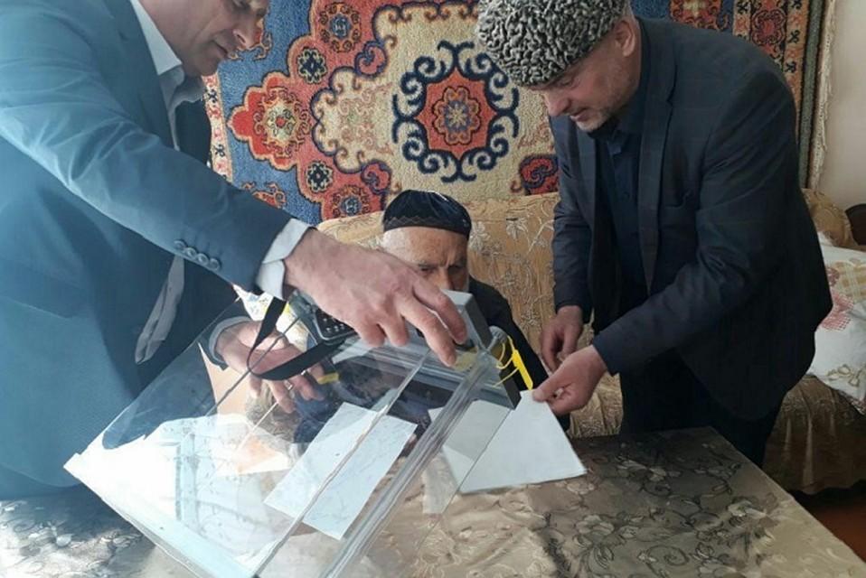 Старейший гражданин Российской Федерации проголосовал навыборах ввозрасте 122 лет